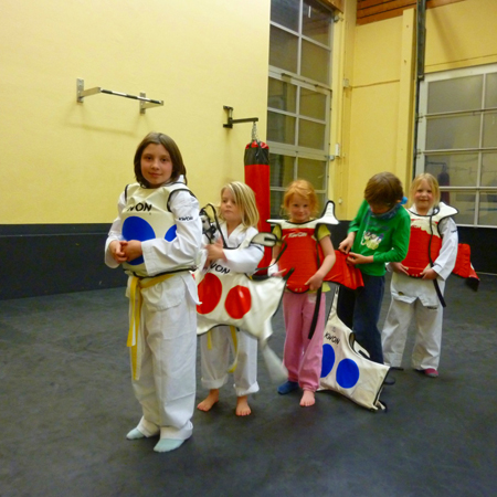 teakwondo und Allkampf - jiitsu im ARAMIS
